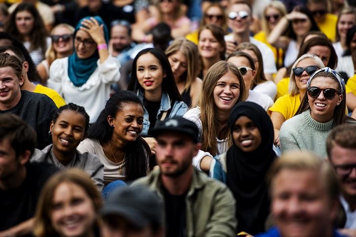 Studenter på St.Hanshaugen under studiestart 2018