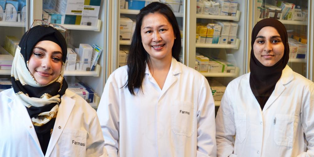 Farmasistudenter ansatt som studentassistenter innunder Studentpakken
